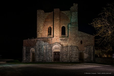 "Night view of the facade. Nikon D810, 24 mm (24.0 mm ƒ/1.4) 6"" ƒ/8 ISO 64"