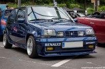 beim Treffen des Renault Team Oberberg