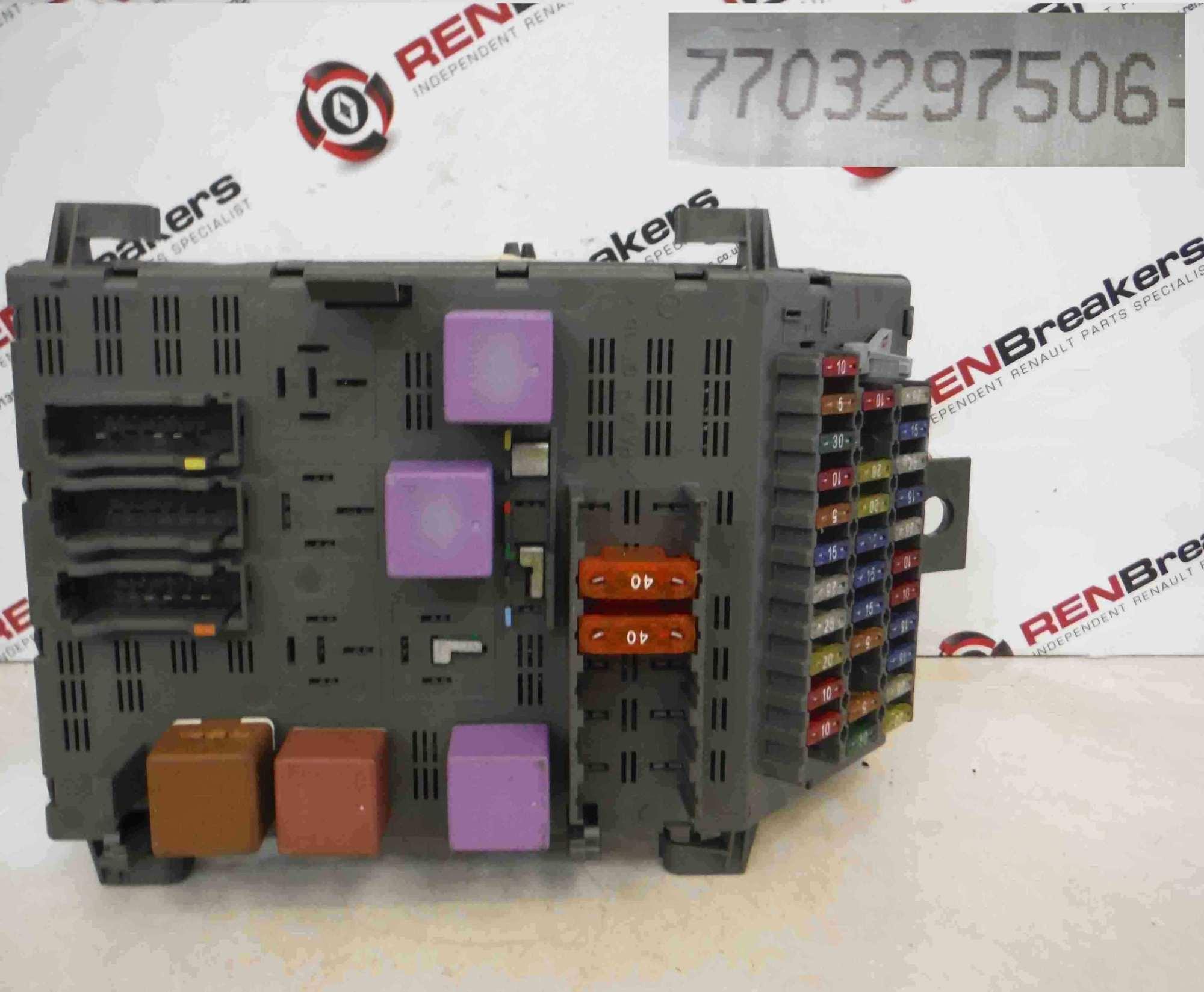 hight resolution of renault laguna 1993 1999 engine fuse box ebay