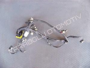 Modus Clio 3 Yarı Otomatik Şanzıman Tesisatı 7701063953