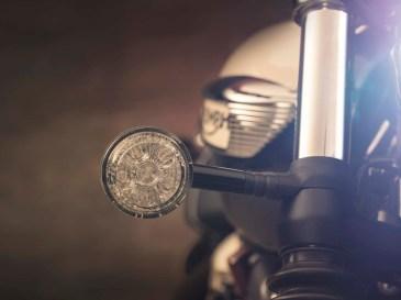 Bonneville Speedmaster 2018-Bullet Indicators/Turn Signals