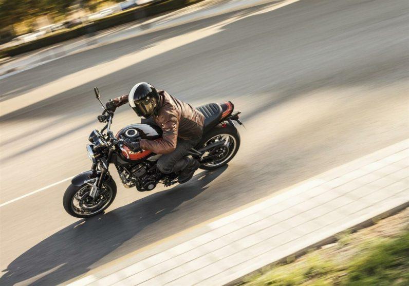 Kawasaki Z900RS 2018 Lone Rider