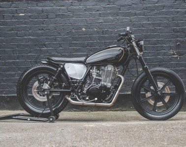 Lions Den Motorcycles Yamaha SR500 right-side