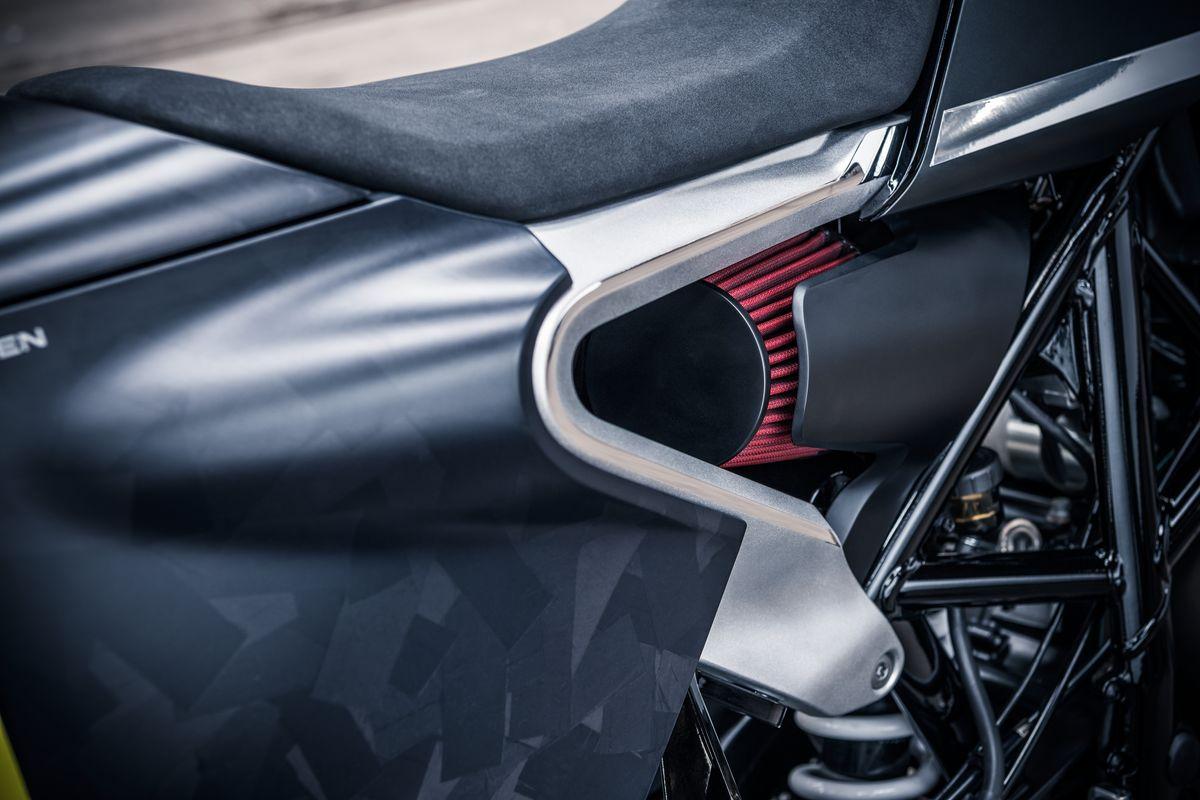 Svartpilen 701 Concept Air Filter Detail