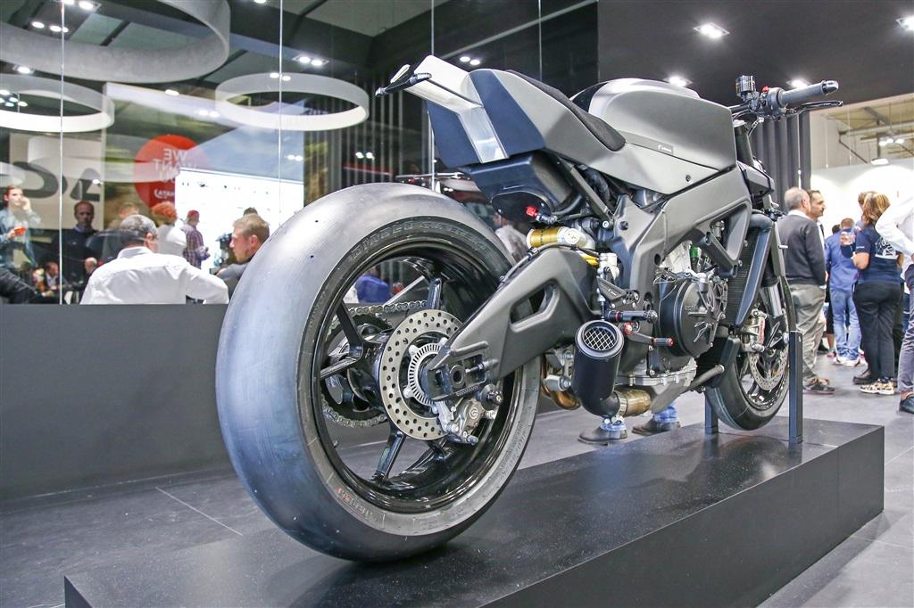 Aprilia Tuono V4 1100RR Custom RIGHT REAR