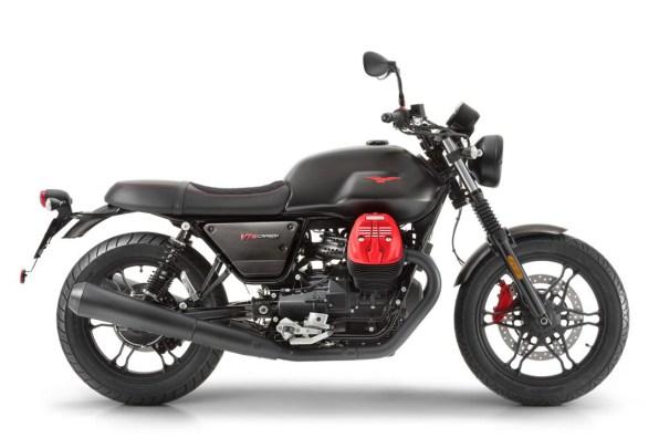 Moto Guzzi V7 MKIII Carbon [Right]