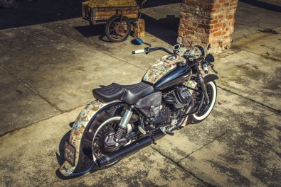 Moto Guzzi V9 Bobber Custom, 'Vecchio Conio' by Rustom [Right-side top]