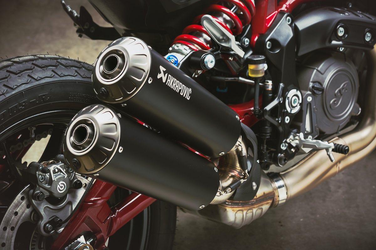 FTR 1200 Carbon Akrapovič Exhaust