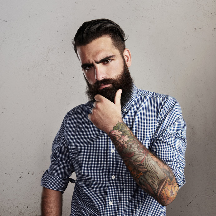 homme à barbe