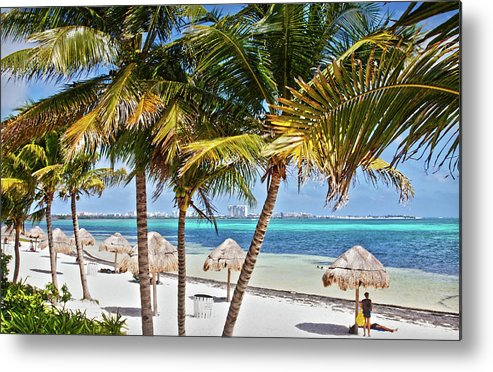 Cancun Beach by Tatiana Travelways