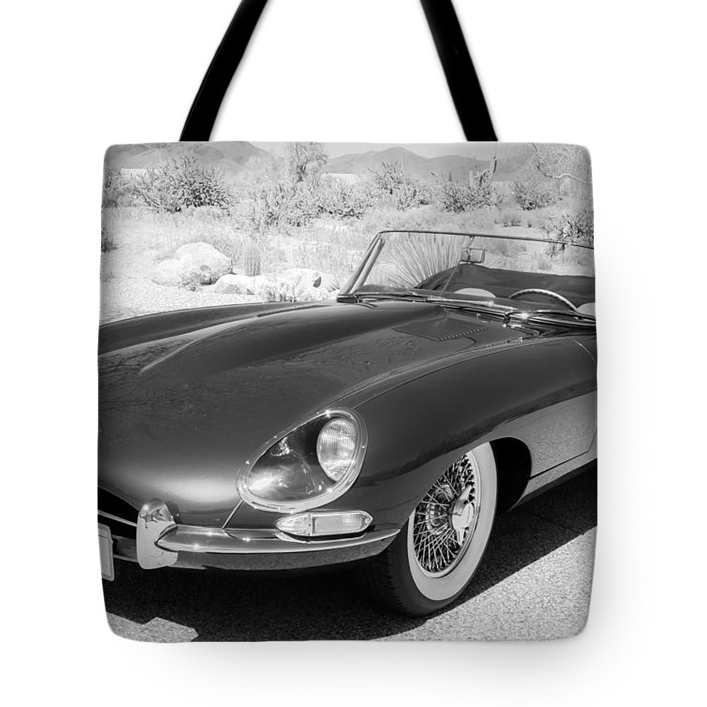 small resolution of 1963 jaguar xke roadster tote bag featuring the photograph 1963 jaguar xke roadster by jill reger