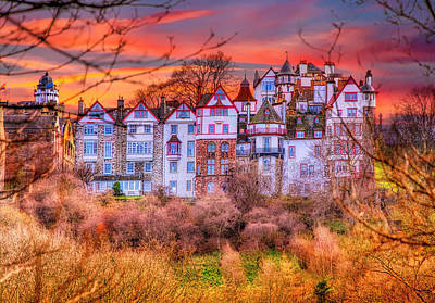 Edinburgh in autumn - The Ramsay Garden - Micah Offman