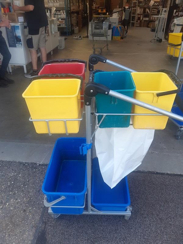 Rengøringsvogn brugt - Tina
