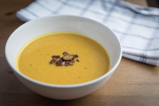 Warm Ginger Pumpkin Soup