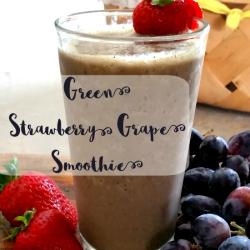 Green Strawberry Grape Smoothie Recipe | GreatPeaceAcademy.com #smoothie #green #trimhealthymama