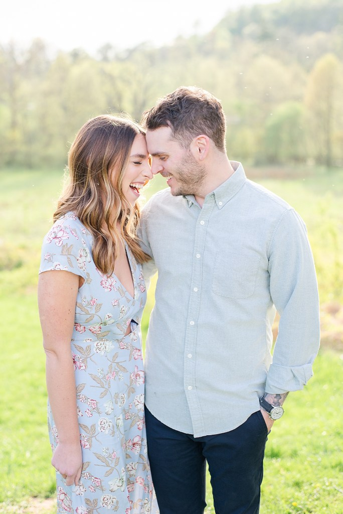 Spring engagement session in Valley Forge with wedding photographer Renee Nicolo Photography