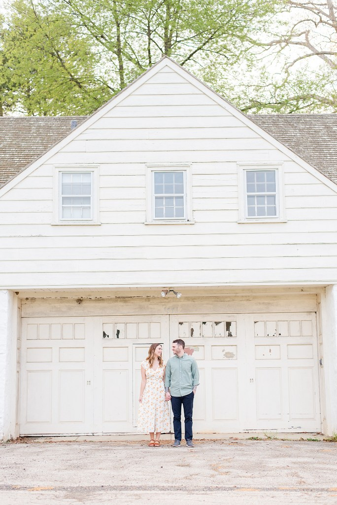 spring engagement session inspiration from wedding photographer Renee Nicolo Photography