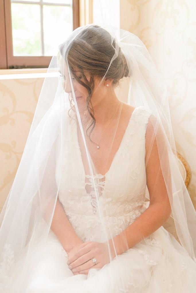 elegant wedding portrait at Beaumont Inn with PA wedding photographer Renee Nicolo Photography