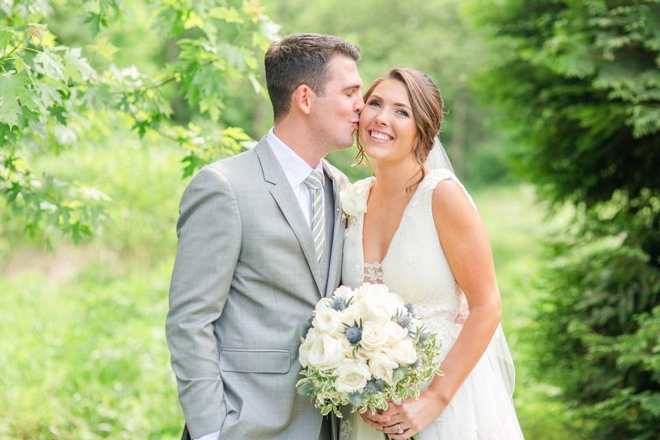 Beaumont Inn wedding portraits by wedding photographer Renee Nicolo Photography