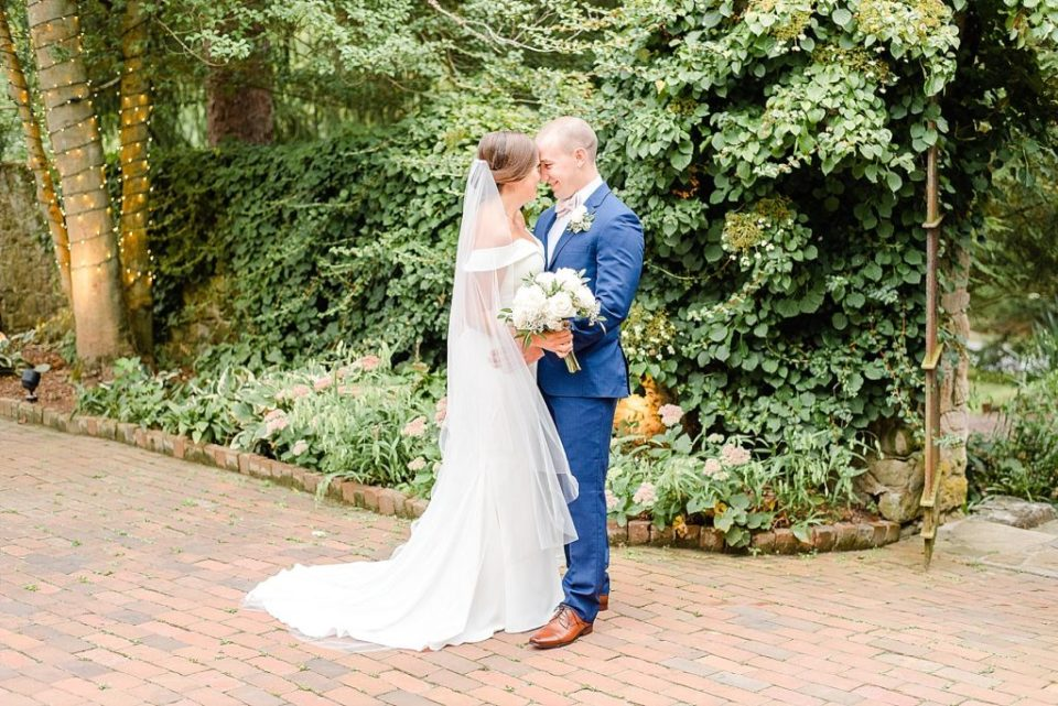 newlywed portraits at HollyHedge Estate with Renee Nicolo Photography