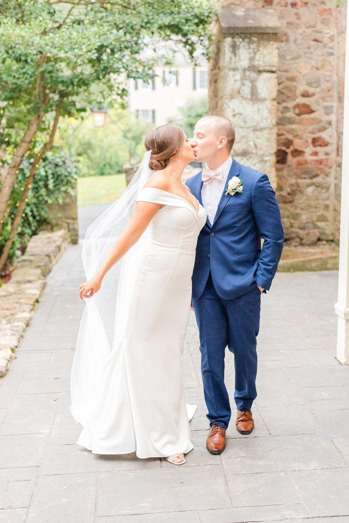 romantic wedding photos by Renee Nicolo Photography