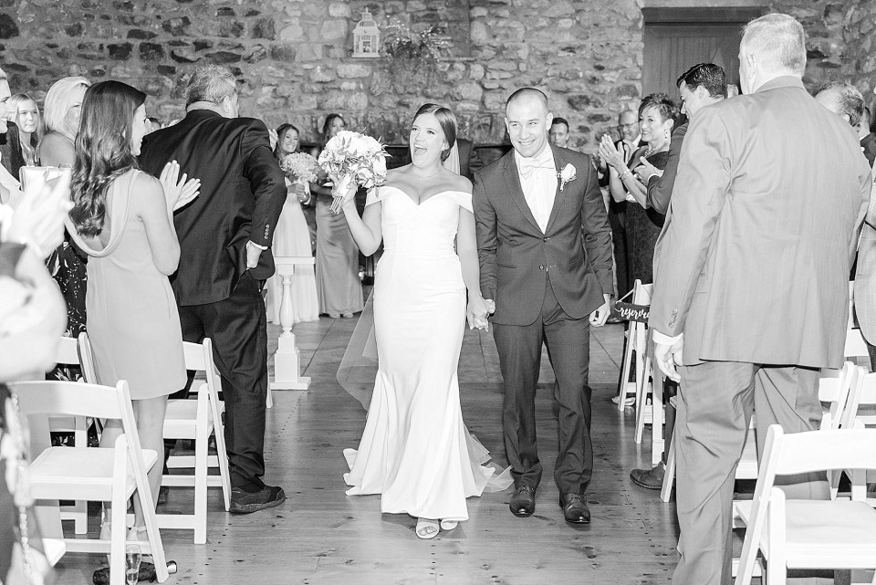 wedding ceremony at HollyHedge Estate photographed by Renee Nicolo Photography