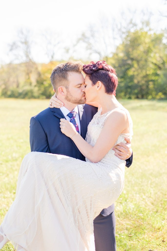 romantic wedding day in Pennsylvania photographed by Renee Nicolo Photography