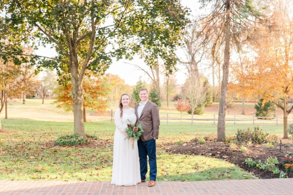 Renee Nicolo Photography photographs couple at Duportail House