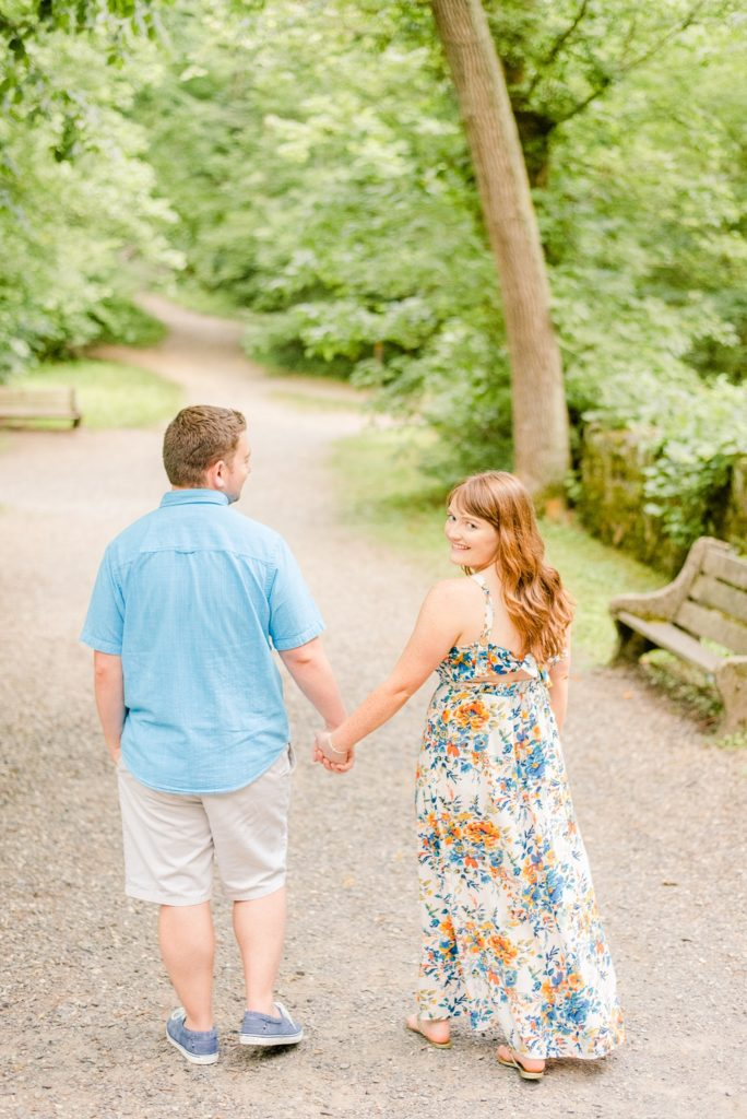 engagement session in PA park photographed by wedding photographer Renee Nicolo Photography