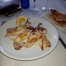 calamares a la plancha in restaurant Rodondo