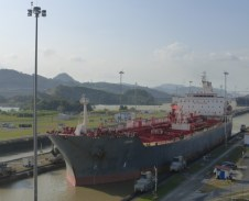 Changing water level in the Miraflores Locks