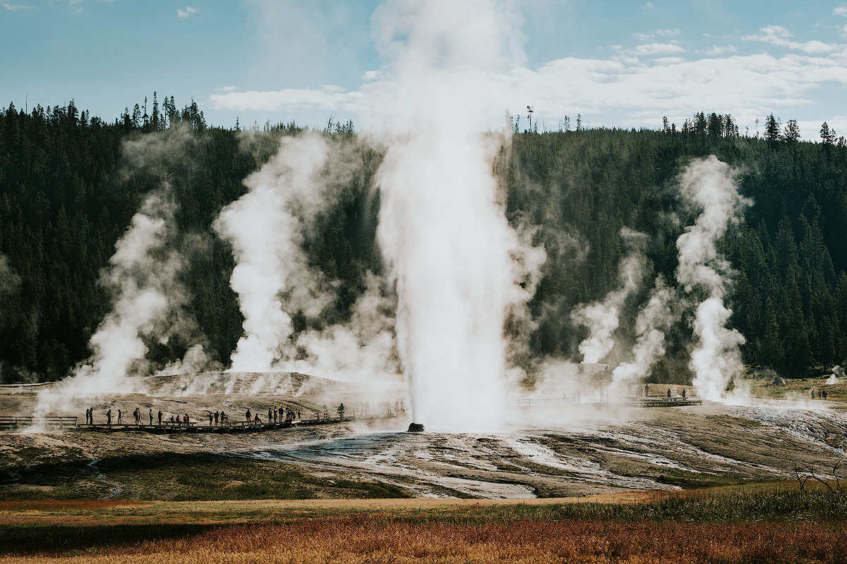 AMERICA'S NATIONAL PARKS – ALL 59 RANKED BEST TO WORST - YELLOWSTONE NATIONAL PARK