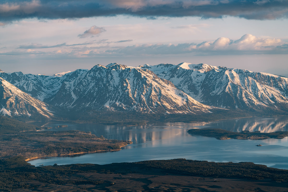 Unforgettable-Scenic-Flight-Over-Grand-Teton-&-Yellowstone-National-Parks-Renee-Roaming-11