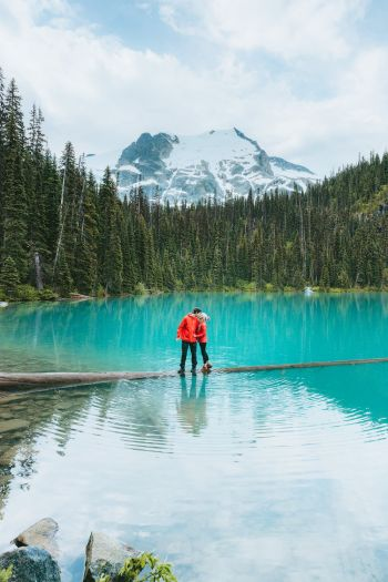 Couples Adventure Getaway to British Columbia Joffre Lakes 5