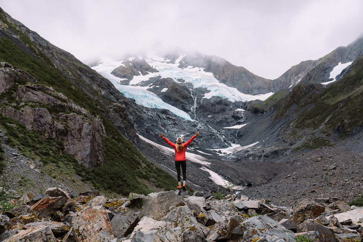 5-Epic-Alaska-Hiking-&-Backpacking-Adventures-Byron-Glacier-ReneeRoaming