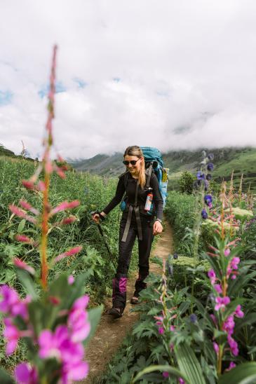 5-Epic-Alaska-Hiking-&-Backpacking-Adventures-Mint-Hut6-ReneeRoaming