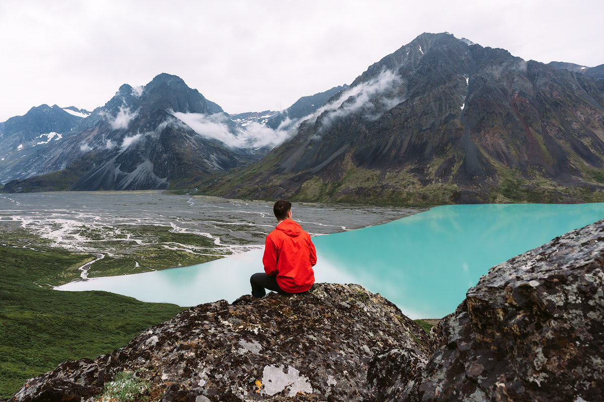 5-Epic-Alaska-Hiking-&-Backpacking-Adventures-Turquoise-Lake8-ReneeRoaming