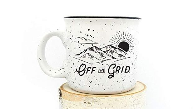 20 Thoughtful Gift Ideas for Travel Lovers Mug