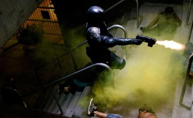 Karl Urban Judge Dredd 2013 Sequel