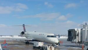 delta CRJ700 regional jet renespoints blog sbn airport