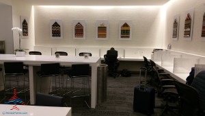 Delta Sky Club SFO San Francisco airport review Renes Points Blog (16)