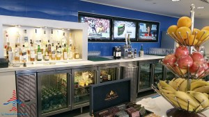 Delta Sky Club near D27 Atlanta ATL airport review Renes Points blog (17)