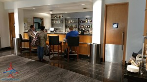 delta sky club atlanta ATL T concourse review RenesPoints blog (9)