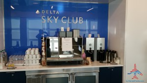 Delta Sky Club NYC New York City T4 JFK Review Renes Points blog (15)