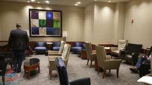 Delta Sky Club SkyCLub Detroit DTW airport main A concourse review RenesPoints blog (17)