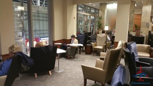 Delta Sky Club SkyCLub Detroit DTW airport main A concourse review RenesPoints blog (18)