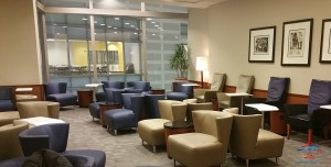 Delta Sky Club SkyCLub Detroit DTW airport main A concourse review RenesPoints blog (9)