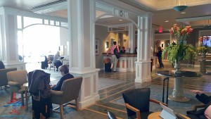 Delta Sky Club review Orlando MCO airport RenesPoints blog (4)