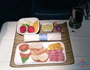 Delta 777 jfk to nrt renespoints blog review snack