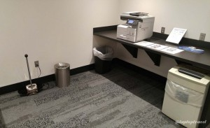 Delta DFW SkyClub E11 Business Center